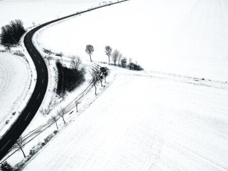 Strasse im Schnee