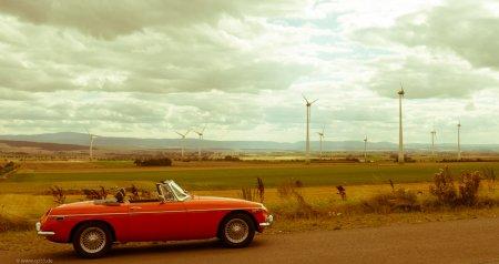 MGB vor dem Windpark