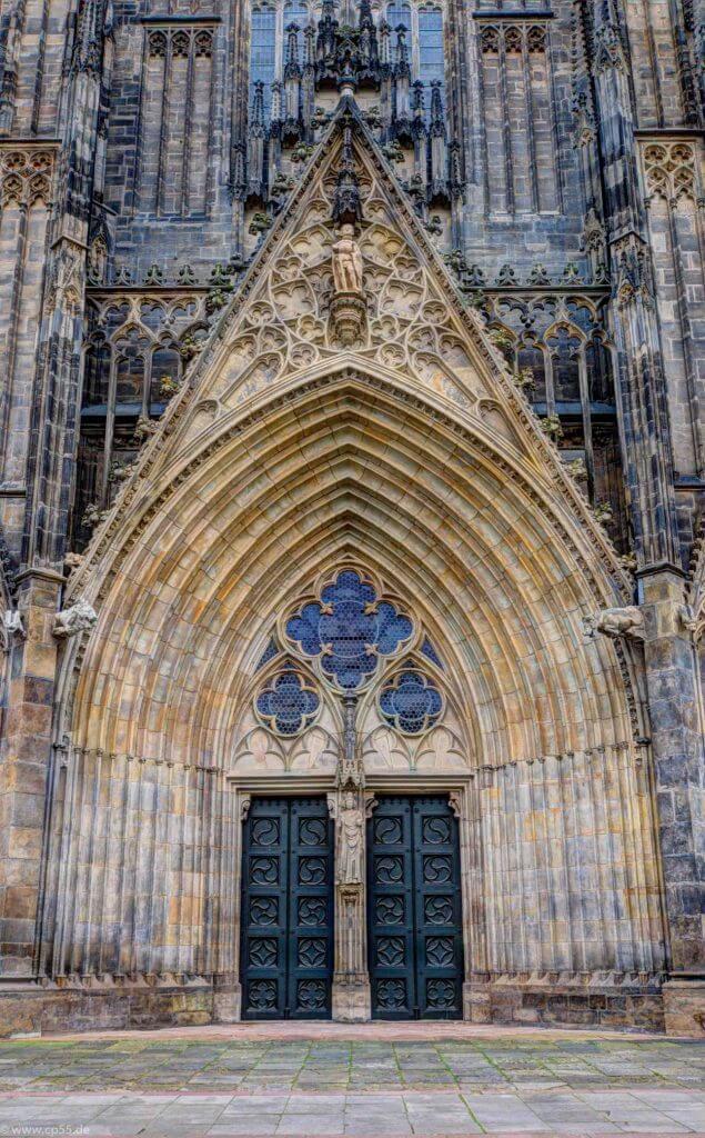 HDR des Portals des Doms zu Magdeburg