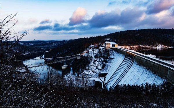 Rappbodetal, Hängebrücke mit 458,5 Metern Gesamtlänge
